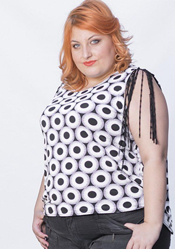 blusa-de-topos-blanco-y-negro
