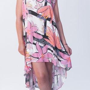 vestido-de-tirantes-rosas