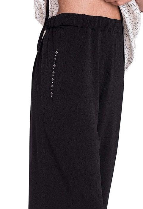 pantalon-negro-de-punto