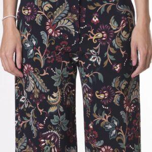 pantalon-recto-de-mujer-tobillero