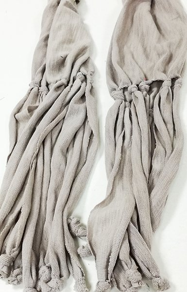 fular-largo-color-gris-algodon