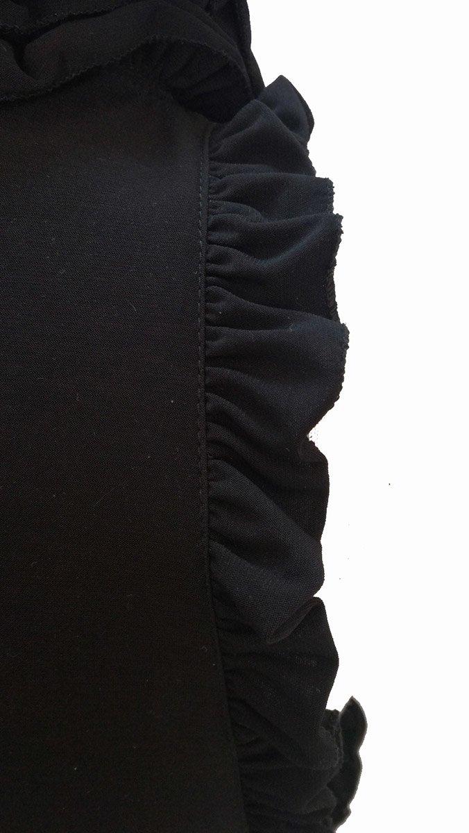 camiseta-ajustada-negra-de-mujer