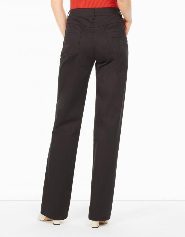 pantalon-recto-de-mujer
