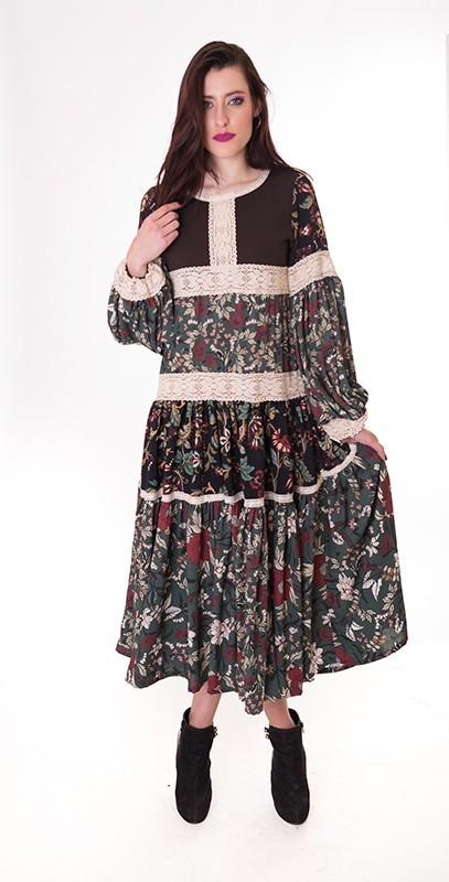 vestido-hippie-flores-la-prenda-imprescindible