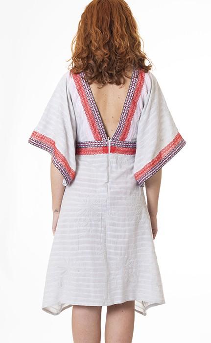 vestido-kimono-escote-espalda
