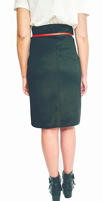 falda-ajustada-de-mujer-color-negro
